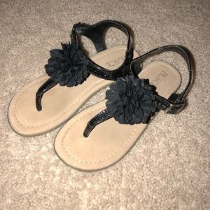 Toddler Girl Thong Sandals size 10